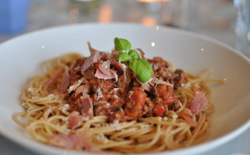 spaghetti med enkel saus