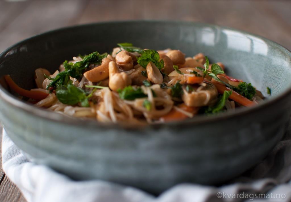 asiatisk risnuddel med grønsaker