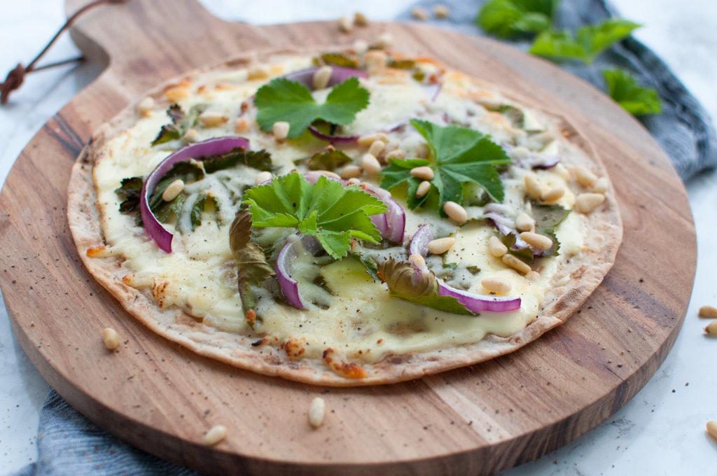 pizza med ugras