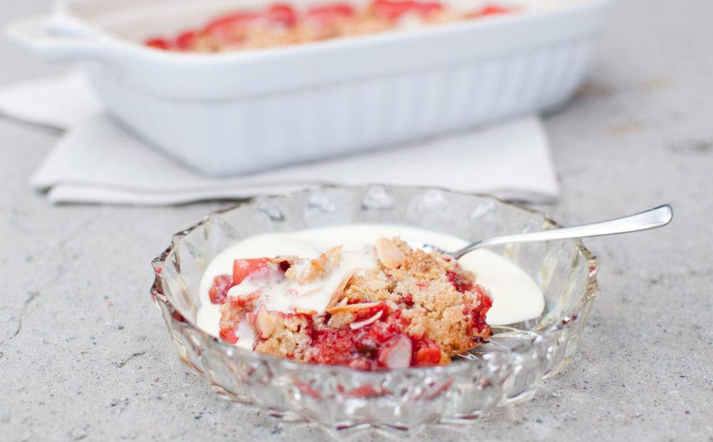 jordbær vaniljesaus