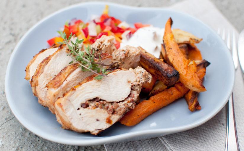 Fylt  kyllingbryst  med  feta  og  soltørka  tomat