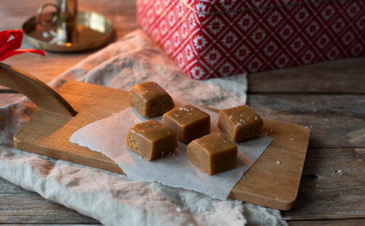 hjemmelaget karamell fudge