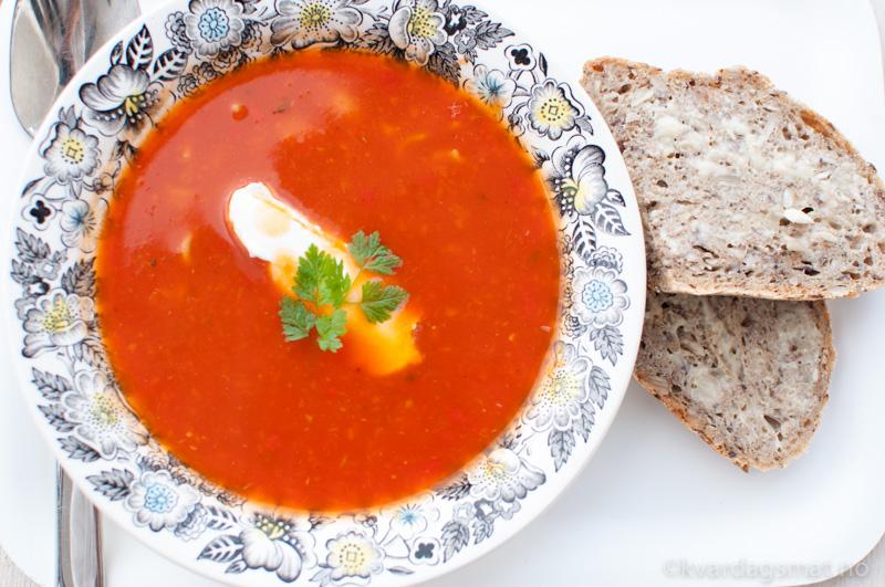vegetar meny 3 tomatsuppe