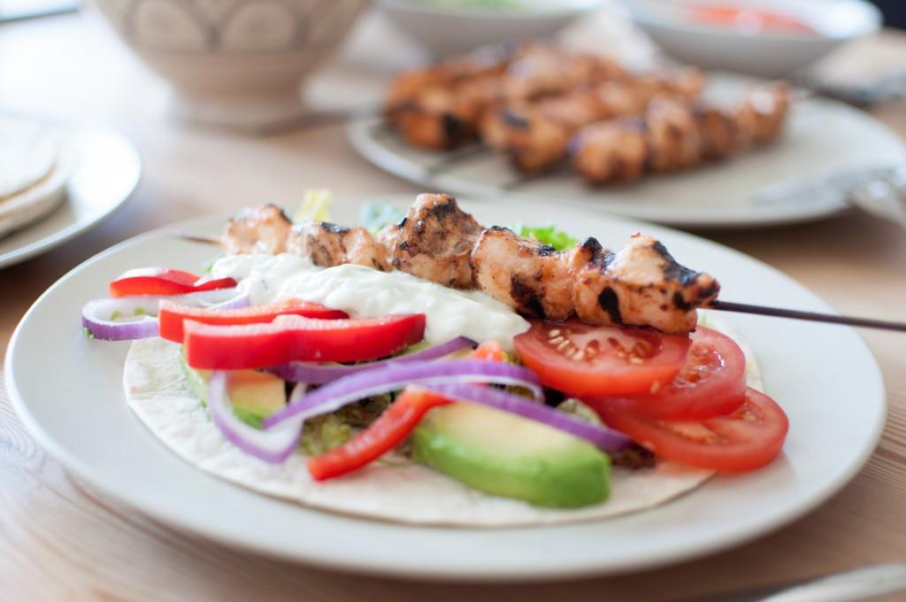 grilla kyllingwrap med tzatziki