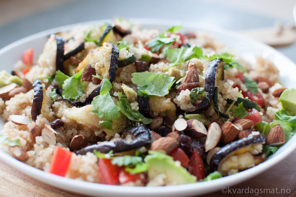 quinoasalat med smak av marokko