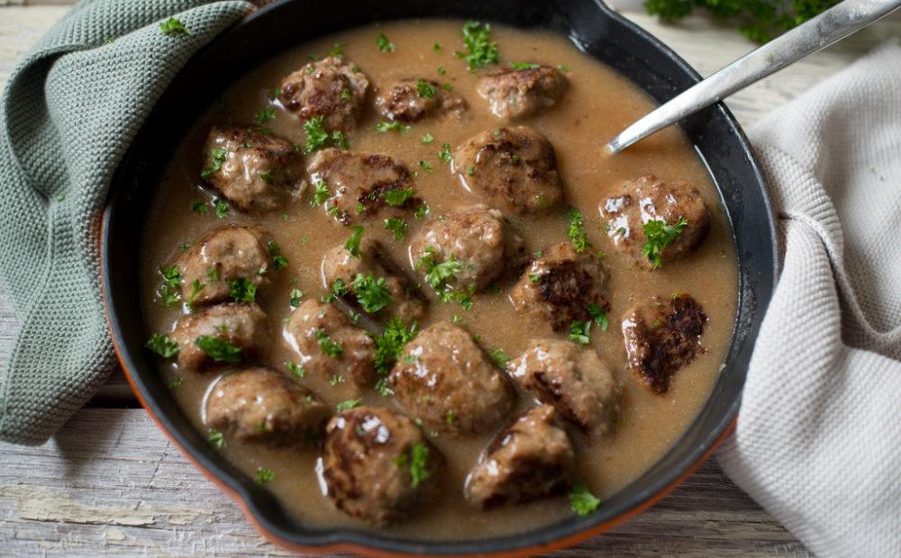 digge kjøttbollar med potetmos