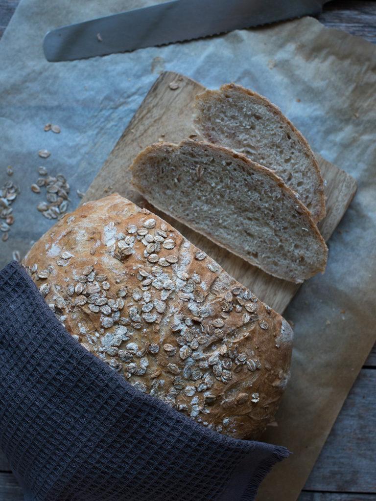 brød med rugflak