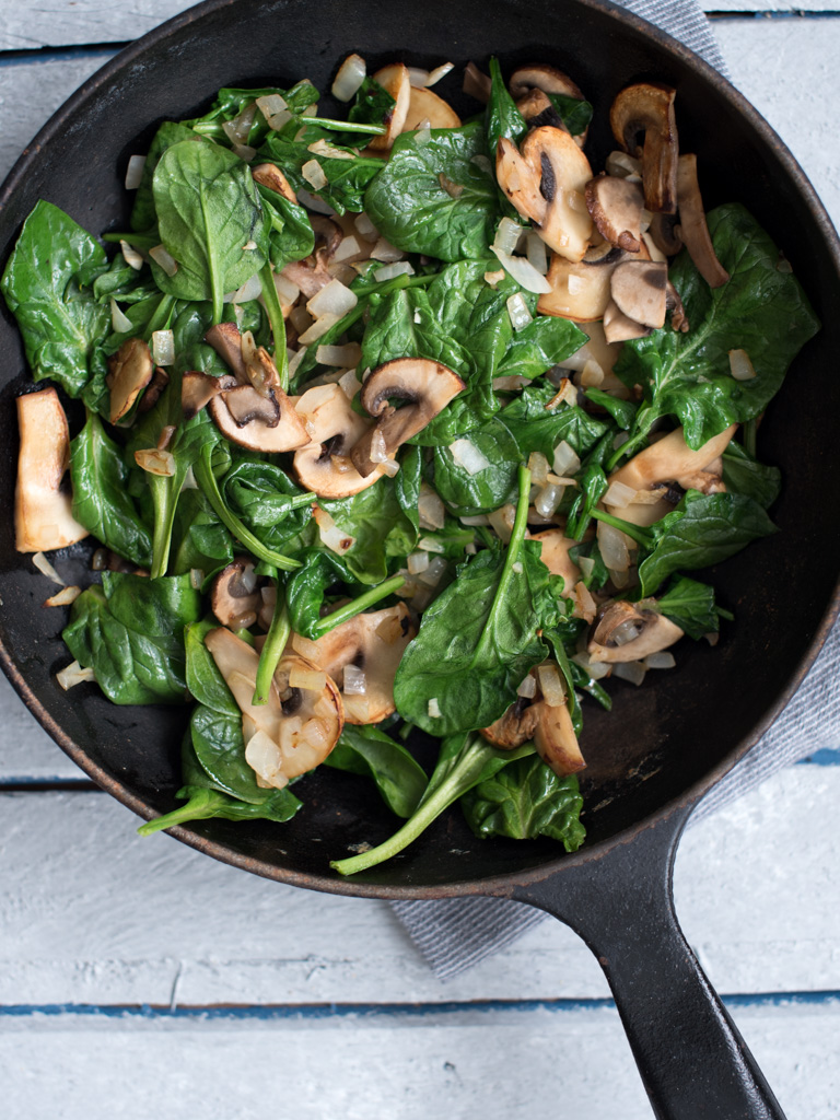 pasta med sjampinjong og spinat