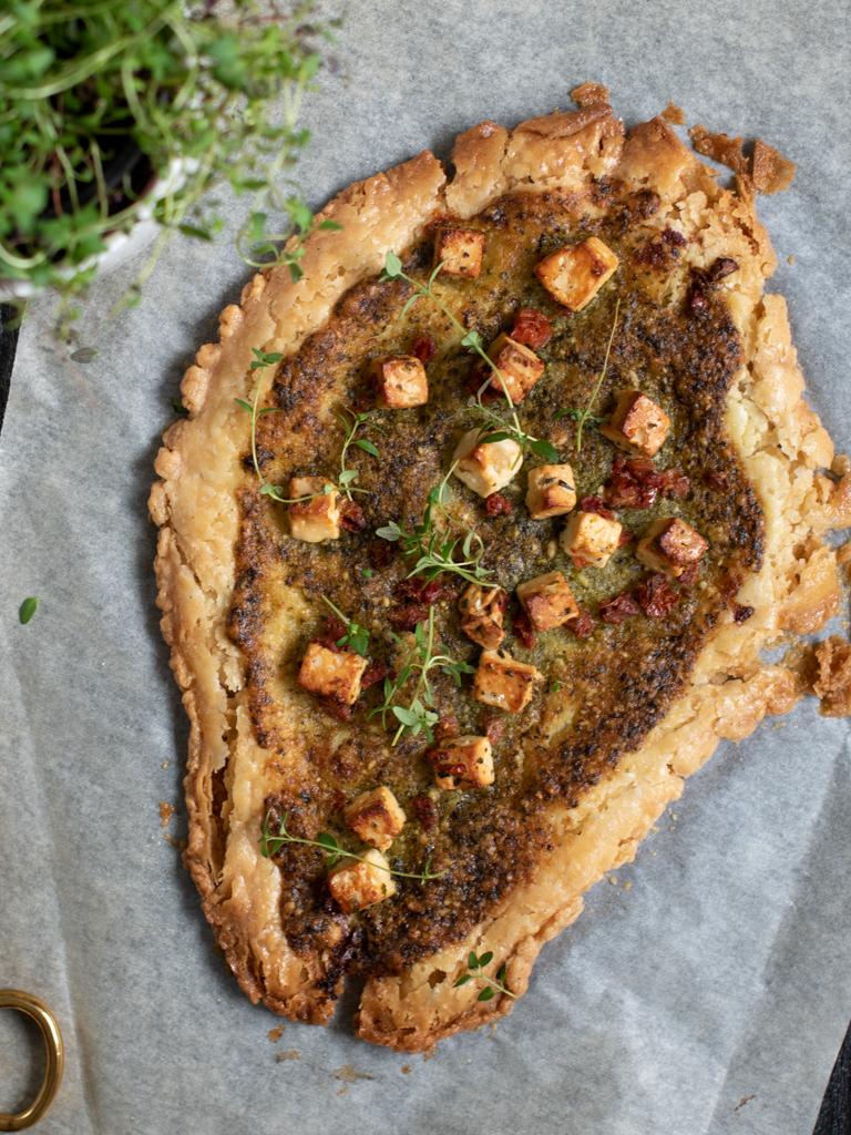 Butterdeigpizza med ramsløkpesto