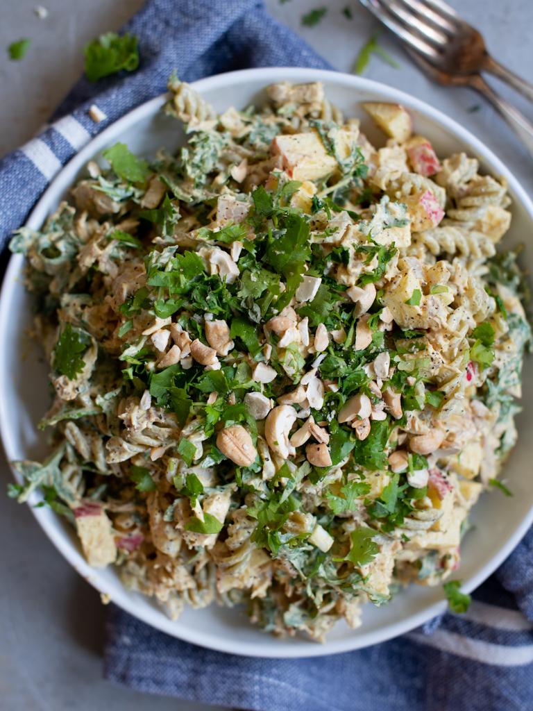 pastasalat med kylling og curry